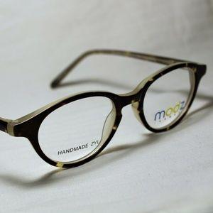 """Modern """"Pocatello"""" Tortoise/cream Eyeglasses Frame"""